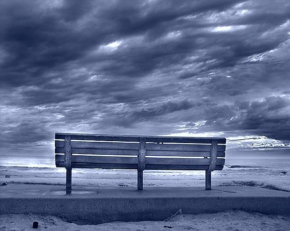 banco solitario.jpg