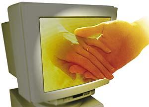 manos computadora.jpg